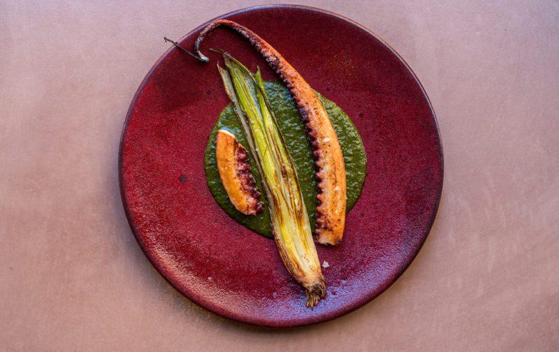 Chefs que están cambiando la escena gastronómica en Londres - hotbook_hotgourmet_octopusdolecalcot_nuevascarasenlondres
