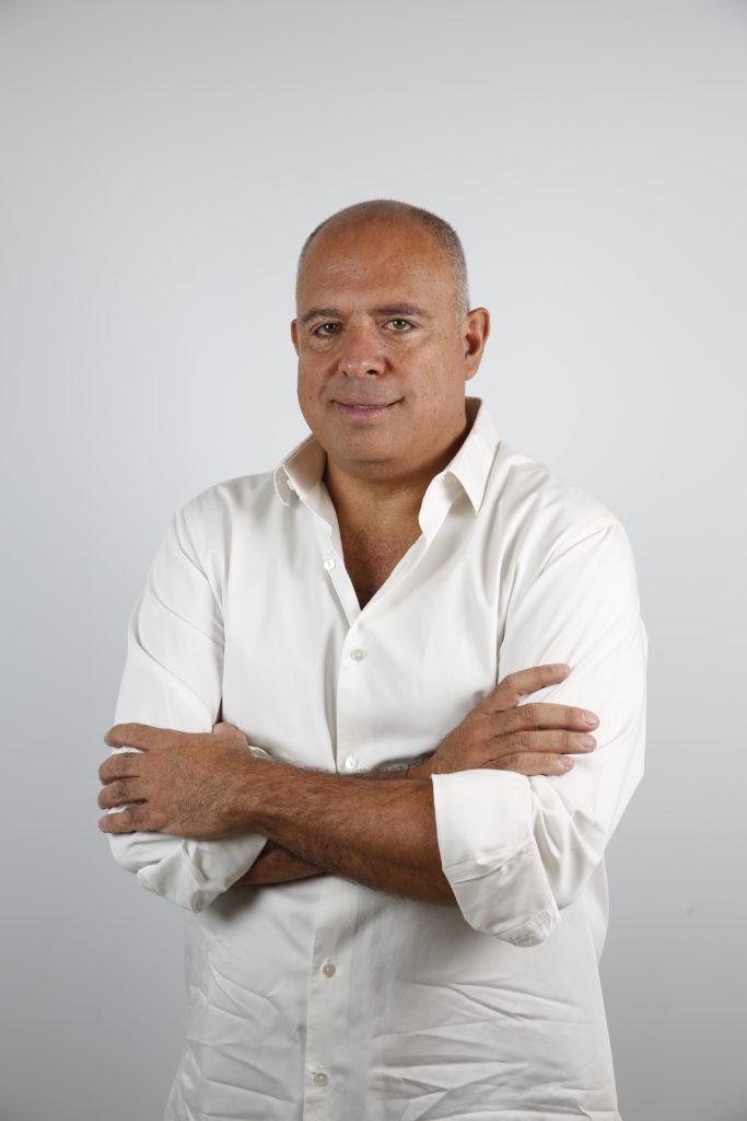 Entrevista a Emilio Maillé, director del documental Poetas del cielo - poetas-del-cielo-1