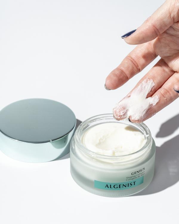 8 productos de belleza que necesitas para tener una piel saludable - foreo-lista-beauty-products-7