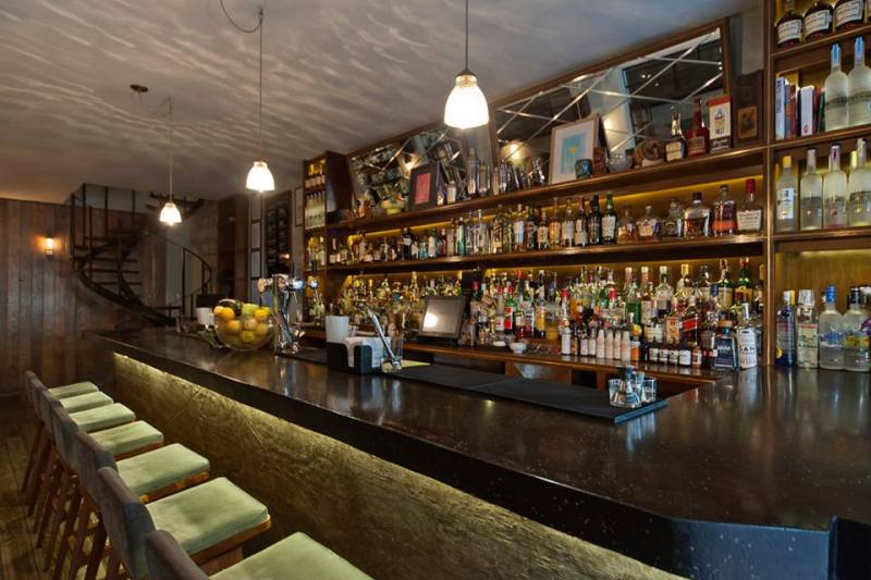 5 bares para disfrutar de una noche distinta - bares-para-una-noche-distinta-1-1