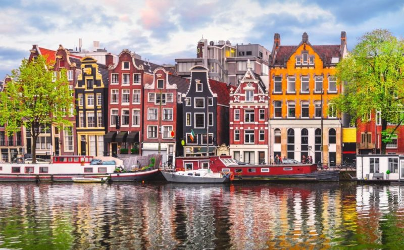 Los 10 destinos más HOT para viajar este 2020 - viajes-2020-amsterdam