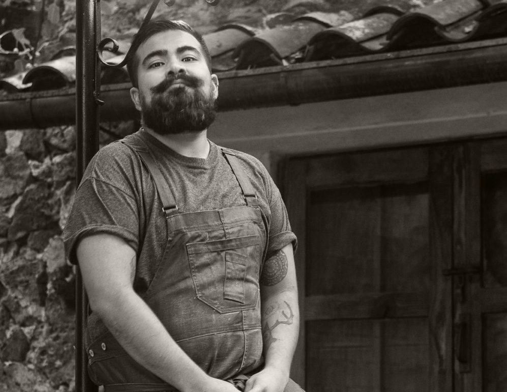Entrevista exclusiva con el chef Edher Cervantes de Mesa de Origen - chef Edher Cervantes, cabeza de Mesa de Origen en Amomoxtli, Tepoztlán portada