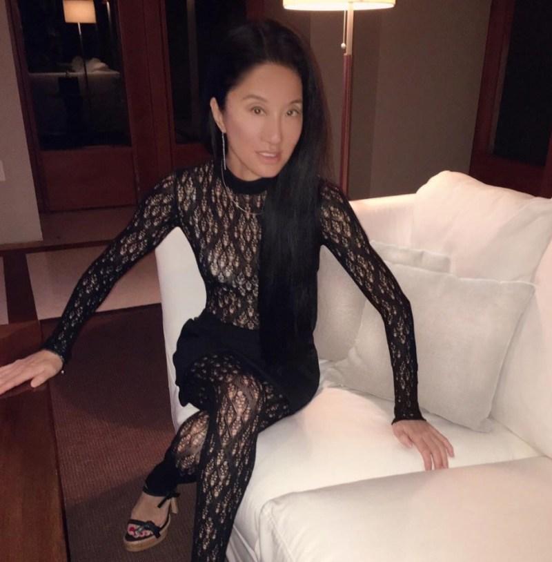 10 datos curiosos sobre Vera Wang, an ageless fashion designer - curiosidades-sobre-vera-wang-an-ageless-fashion-desinger-zoom-novia-vera-wang-5
