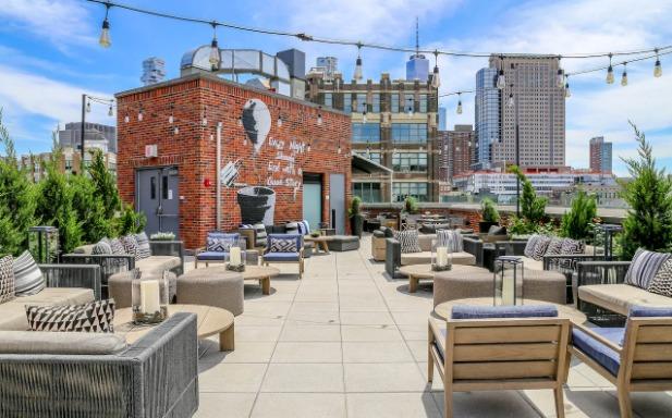 16 de los restaurantes más instagrameables del mundo - rooftop-bar-arlo-soho-new-york