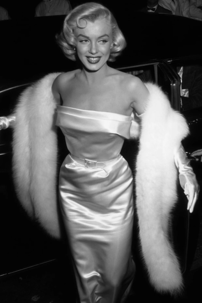Las fotos más icónicas de Marilyn Monroe - las-fotos-mas-iconicas-de-marilyn-monroe-instagram-food-trend-foodie-tiktok-zoom-online-eu-justin-bieber-michael-jackson-10