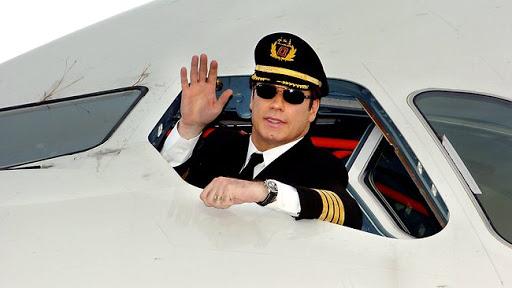 12 datos curiosos de John Travolta que debes conocer - curiosidades-de-john-travolta-que-debes-conocer-kelly-preston-google-online-zoom-viaje-vacaciones-verano-google-fotos-foto-3