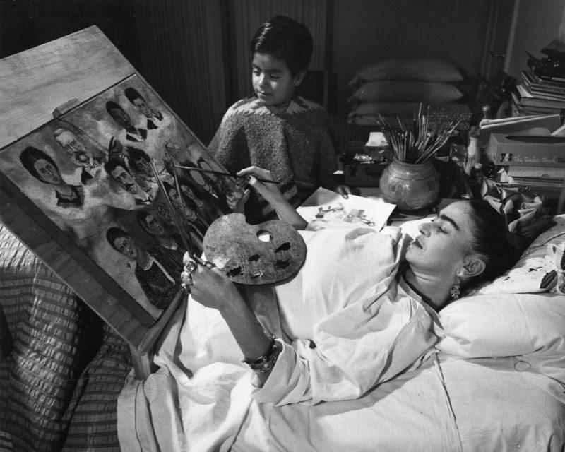 10 datos que no sabías sobre Frida Kahlo, la icónica artista mexicana - datos-que-no-sabias-sobre-frida-kahlo-la-iconica-artista-mexicana-frida-kahlo-google-verano-vacaciones-animales-en-peligro-de-extincion-google-frida-kahlo-3