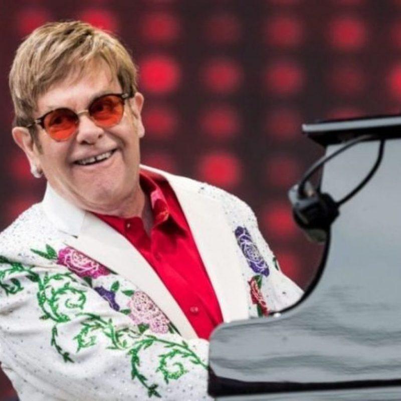 Disfruta de los conciertos más icónicos de Elton John y ayuda al mismo tiempo - disfruta-de-los-conciertos-mas-iconicos-de-elton-john-en-youtube-google-online-zoom-google-elton-john-streaming-viaje-verano-1