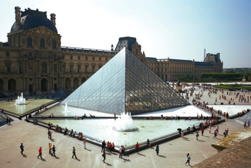 El icónico Museo del Louvre te da la bienvenida nuevamente en julio - el-iconico-museo-louvre-te-da-la-bienvenida-a-visitarlo-nuevamente-en-julio-google-online-zoom-tiktok-instagram-cuarentena-google-coronavirus-verano-viajes-a-donde-ir-reapertura-lugares-abiertos-2