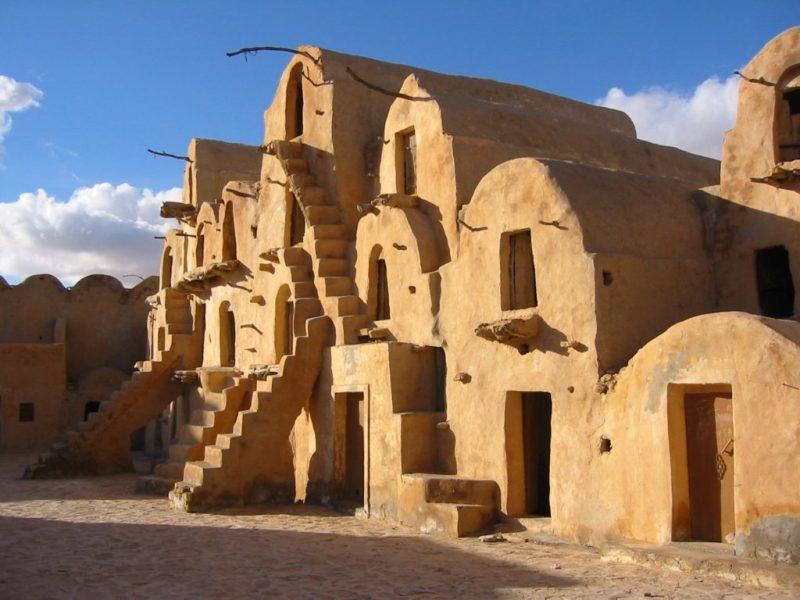 Locaciones de Star Wars dentro de nuestra galaxia - ksar-hadada-y-ksar-ouled-soltane-tunez-mos-espa-slave-quarters