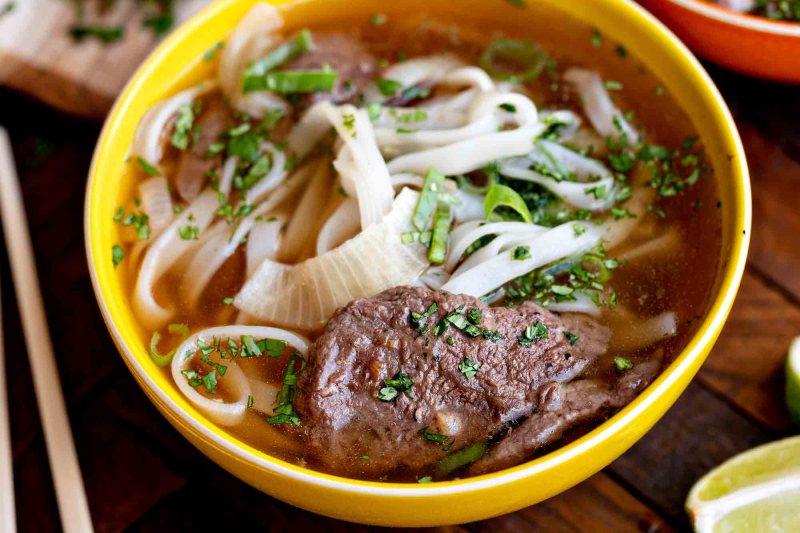 ¡Noodles, spaghetti y más! Conoce distintos platillos del mundo elaborados con estos ingredientes - lets-talk-pasta-conoce-los-distintos-platillos-noodle-based-alrededor-del-mundo-google-restaurantes-comer-viajes-nueva-normalidad-google-4