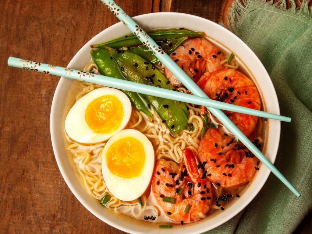 10 tips para llevar tu instant ramen al siguiente nivel - Portada tips para llevar tu instant ramen al siguiente nivel noodles gourmet comida platillos google online coronavirus google covid 19 verano viajes