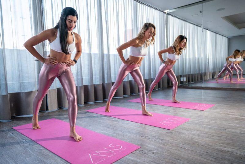Alice Non Stop, el workout revolucionario de Alicia Ángeles - alice-non-stop-el-workout-revolucionario-de-alicia-angeles-ejericico-gym-google-ejercicio-exercise-workout-gym-instagram-tiktok-healthy-lifestyle-yoga-google-covid-19-zoom-3