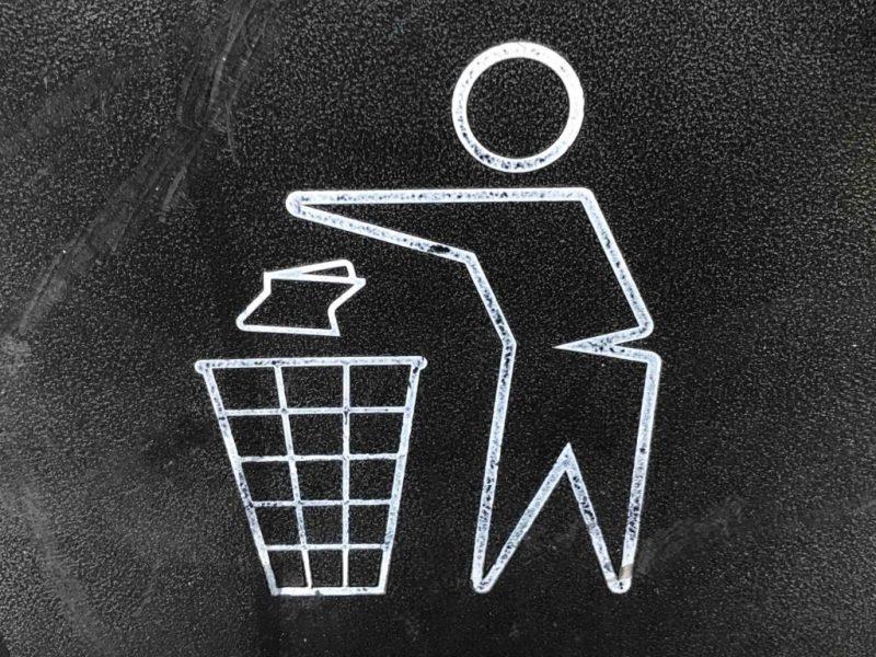 HOTBOOK Ecotalks x Tom's of Maine: recicla con Ecolana - gary-chan-yzszn3qvheo-unsplash