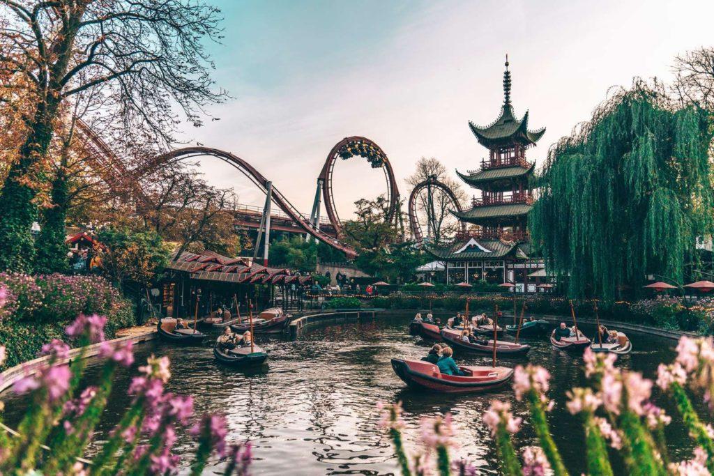 Icónicas atracciones de Disney que están inspiradas en un destino real - iconicas-atracciones-de-disney-que-estan-inspiradas-en-un-destino-real-google-walt-disney-world-viaje-atracciones-landmarks-travel-google-online-instagram-tiktok-zoom-covid-19-google-meet-4