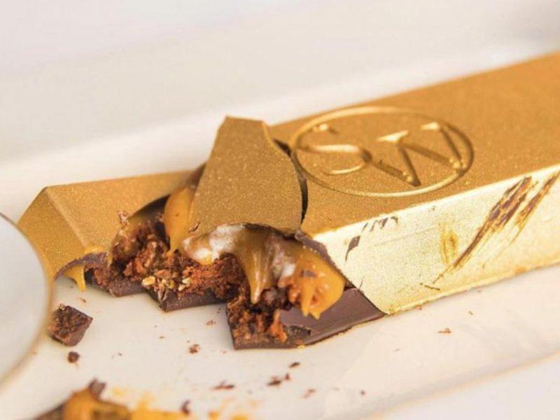 15 obras de arte hechas con chocolate - louis-xiii-23-karat-gold-bar-15-obras-de-arte-hechas-con-chocolate