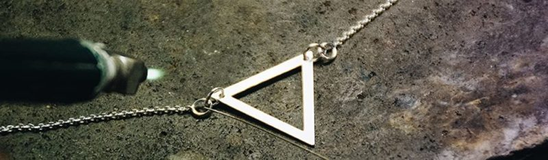 Triangulum Workshop joyería: tres estrellas, tres puntos, una constelación - triangulum-workshop-joyeria-tres-estrellas-tres-puntos-una-constelacion-triangulo-taller