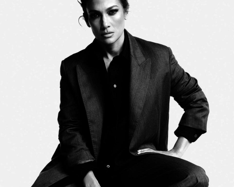 Fun facts de Jennifer Lopez que probablemente no sabías - Portada Fun Facts de Jennifer Lopez que probablemente no conocías Jennifer lopez fitness routine workout rutine Jennifer lopez JLo google amazon portada de jlo desnuda cuepo de Jlo en portada de revista google amazon tiktok Instagram Jenni