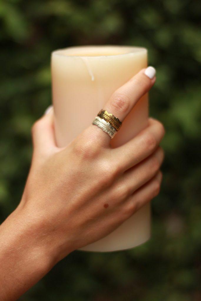 Raquel Morton Joyería, diseños basados en nuestro querido México y sus tradiciones - anillos-pluma-laton-raquel-morton-joyeria-disencc83os-basados-en-nuestro-querido-mexico-y-sus-tradiciones