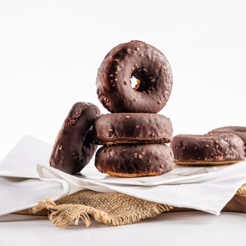 In keto mood! Guilt Free, la major opción de comida KETO - guilt-free-donas-de-canela-cubiertas-de-chocolate-keto