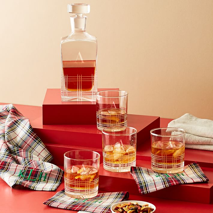 #AnExtraordinaryGift: John Walker & Sons 28 años Bicentenary Blend, el regalo perfecto para esta temporada - plaid-cocktail-napkins-set-of-4-1-o