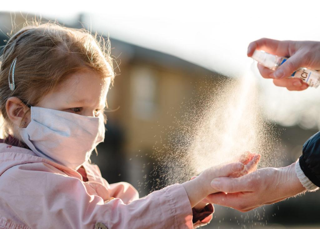 Kill those germs! Conoce Defend-X, el poderoso agente antibacterial - defend-x-nincc83a