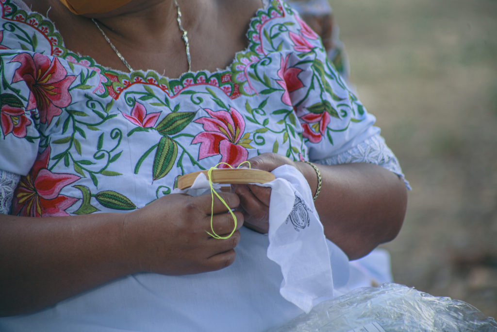 Sureste Craft Boutique, la marca mexicana que preserva las técnicas tradicionales artesanales - sureste-craft-boutique-la-marca-mexicana-que-preserva-las-tecnicas-tradicionales-artesanales-sureste-google-artesano-chuytikab-fundacion-legorreta-google-amazon-google-artesano-artesani-1