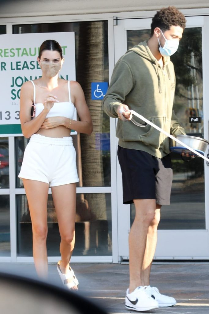 Trending news! 10 fun facts de Devin Booker, el novio de la icónica modelo Kendall Jenner - fact-10-10-fun-facts-de-devin-booker-el-novio-de-la-iconica-modelo-kendal-jenner