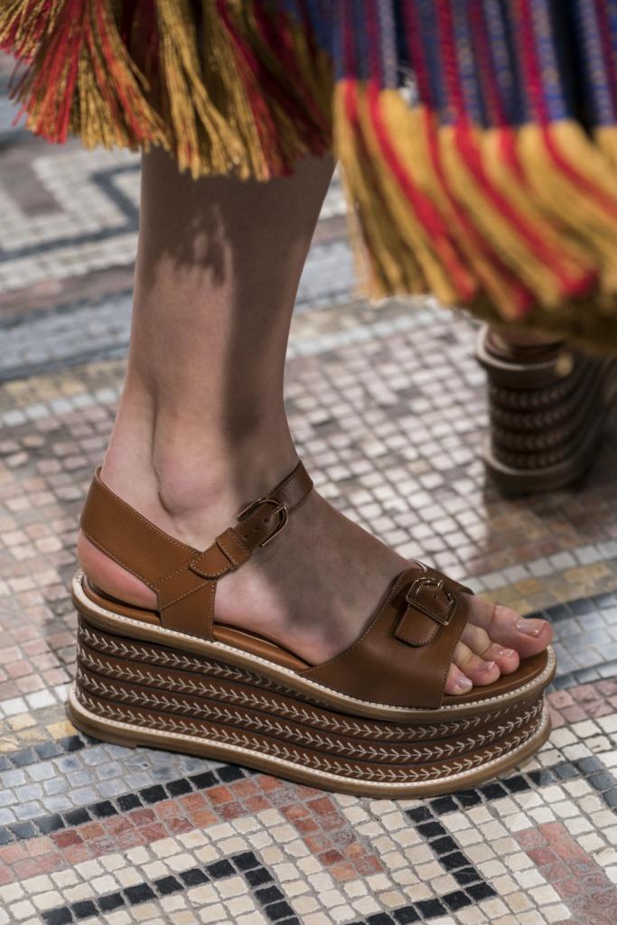 Ocho tendencias en zapatos para primavera 2021 - foto-5-8-tendencias-de-zapatos-para-spring-21-cristiano-ronaldo-neymar-copa-del-rey-dogecoin-dia-mundial-contra-el-cancer-qatar-mario-marin-napoli-daddy-tankee-nico-golden-globes