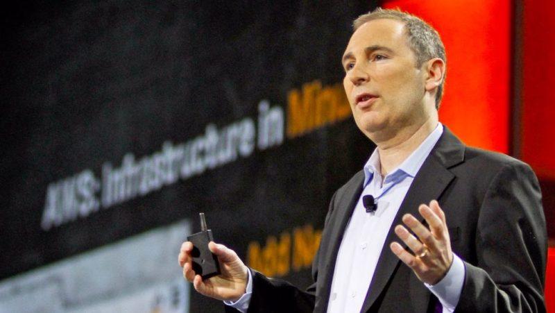 Jeff Bezos anunció que dejará el puesto de CEO de Amazon - jeff-bezos-anuncio-que-dejara-el-puesto-de-ceo-de-amazon-vacuna-covid-curp-amzn-stock-4