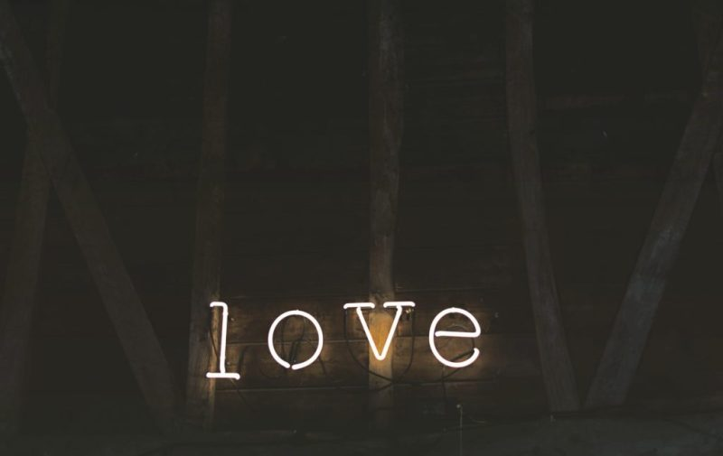 Love is in the air! Obras de arte inspiradas en el amor - love-is-in-the-air-obras-de-arte-inspiradas-en-el-amor-febrero-dia-del-amor-y-la-amistad-valentines-day-regalos-de-san-valentin-obras-de-arte-arte-foto-fotografia-artistas-amor-obras-de-arte-ins-1