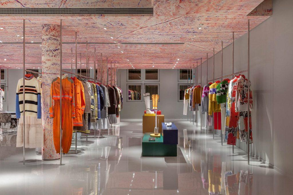 Las 15 boutiques más cool de la CDMX - Portada. Las 15 boutiques más cool de la CDMX. Tiendas de ropa. Daft Punk, Juventus. Vacuna. Tienda