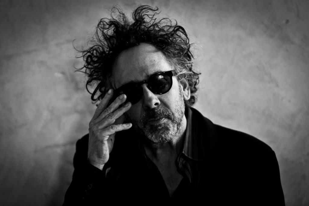 Tim Burton se muda a la pantalla chica. Conoce su proyecto Wednesday - tim-burton-se-muda-a-la-pantalla-chica-conoce-su-proyecto-wednesday-locos-addams-liga-mx-netflix-2
