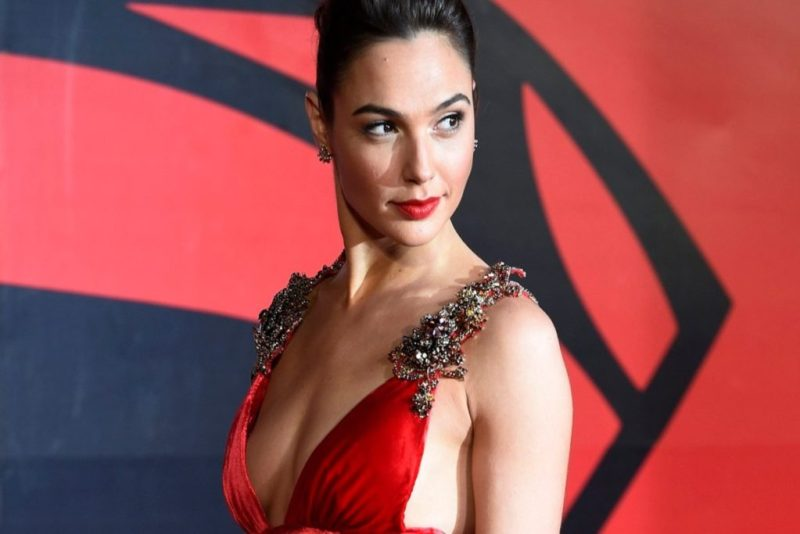 New mommy in (Hollywood) town! Gal Gadot confirma que está esperando un bebé - new-mommy-in-hollywood-town-gal-gadot-confirma-que-esta-esperando-un-bebe-gal-gadot-embarazada-gal-gadot-google-wonder-women-wonder-women-embazarada-gal-gadot-israel-google-amazon-instagra