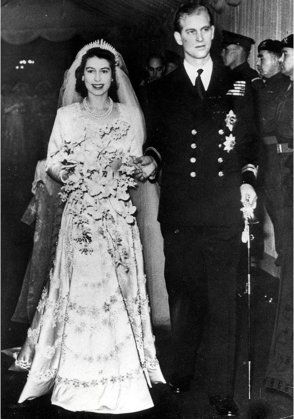 En memoria del príncipe Philip, duque de Edimburgo y compañero de la reina Isabel II - en-memoria-del-principe-philip-duque-de-edimburgo-y-el-fiel-compancc83ero-de-la-reina-isabel-ii-prince-philip-queen-elizabeth-ii-prince-philip-queen-elizabeth-duque-of-edinburg-queens-husband-4