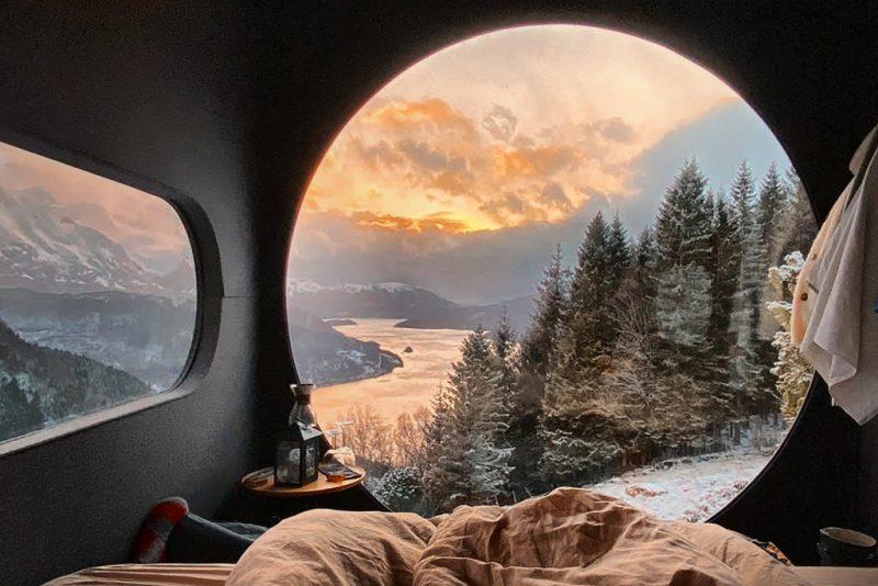 5 lugares en Airbnb con vista espectacular - foto-2-birdbox-en-vestland-noruega-5-airbnbs-si-estasa-buscando-una-vista-espectacular