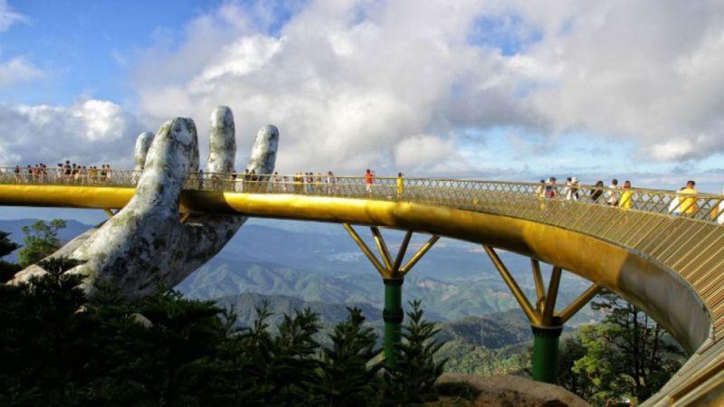 Conoce el impresionante Puente Dorado de Vietnam - puente-dorado-vietnam-2