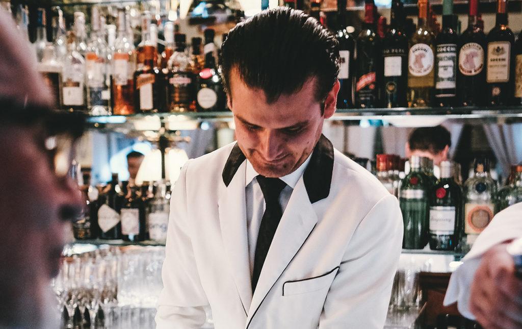 Erik Lorincz, uno de los bartenders más famosos del mundo