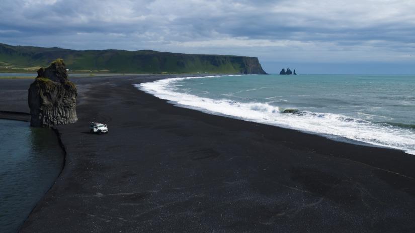 6 playas volcánicas que tienes que conocer