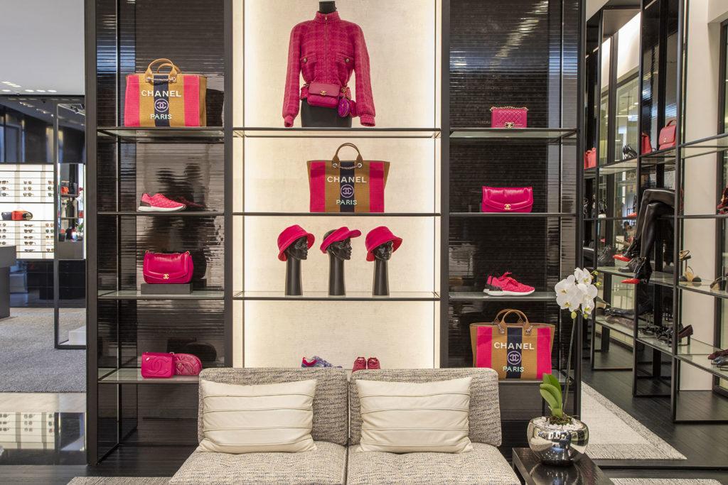 La nueva boutique de Chanel en Saks