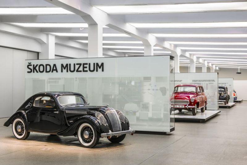 9 museos de coches que puedes visitar desde casa - 9-museos-de-coches-que-puedes-visitar-desde-casa-4