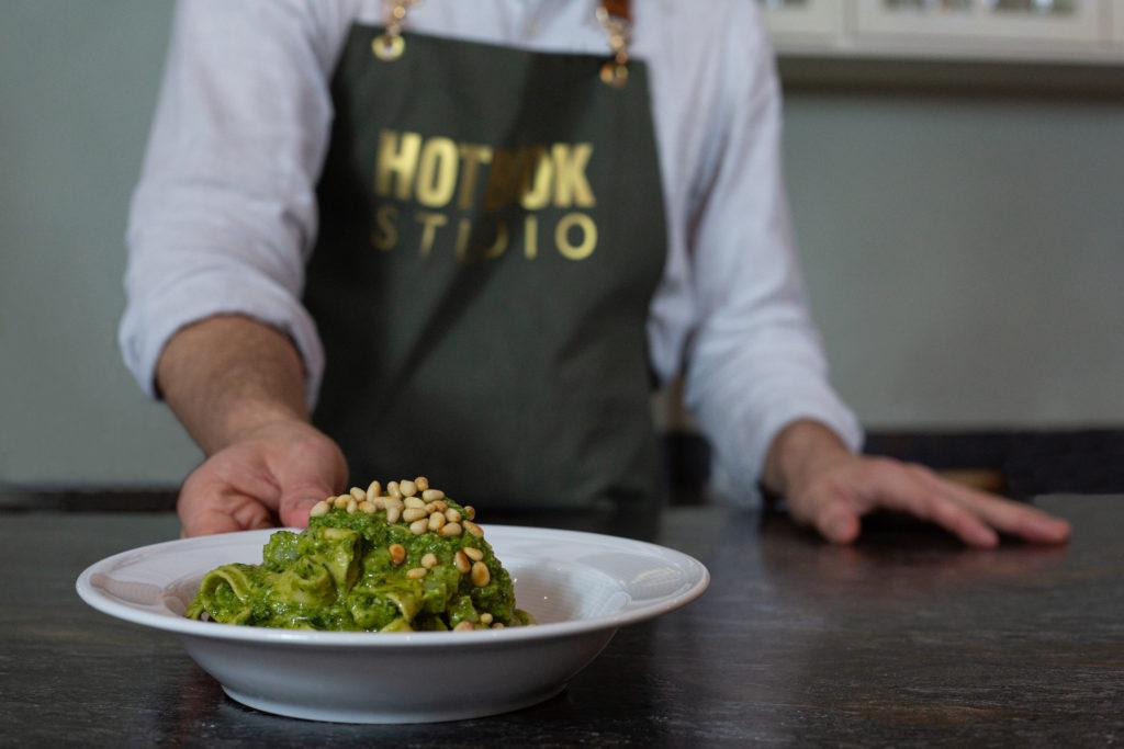 Tagliatelle con pesto a la genovese: prepara este delicioso platillo de la mano de Marco Carboni en HOTBOOK Studio