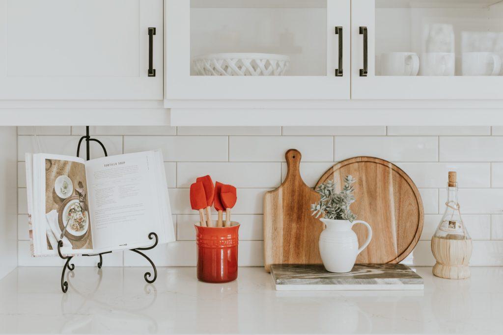 Tableware essentials: todo lo que necesitas para ser el host perfecto
