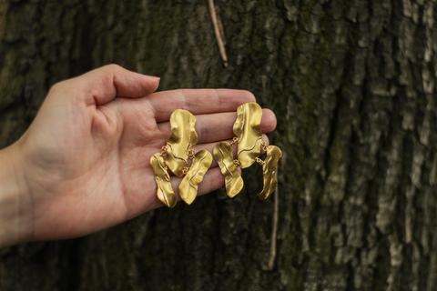 LORRNA: la conexión entre las joyas y las personas - lorrna-troncos