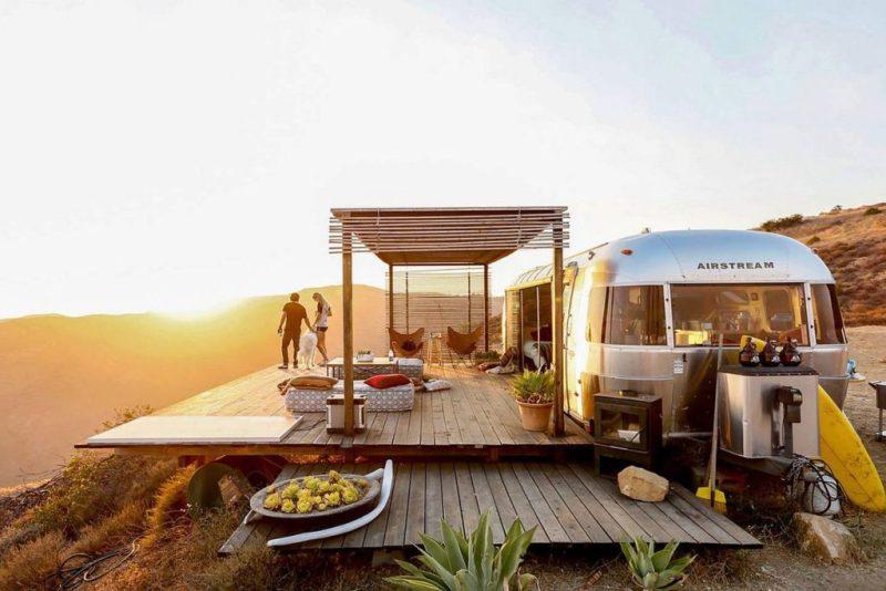 Los 10 Airbnb rentals más inusuales y exclusivos de todo el mundo - malibu-dream-airstream-california-los-10-rentals-de-airbnb-mas-inusuales-y-exclusivos-de-todo-el-mundo