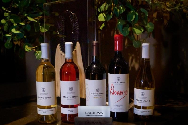 Sesiones Cachava de Grupo Carolo te invita a disfrutar de una experiencia gastronómica única - foto-6-vinos-montexanic-sesiones-cachava-de-grupo-carolo-te-invita-a-deleitar-con-amigos-una-nueva-experiencia-gastronomica-unica