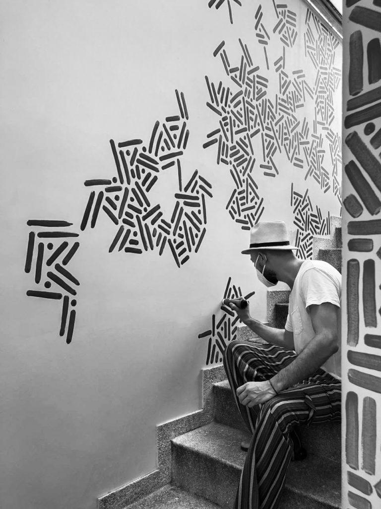 Puntos y líneas, la obra inmersiva de Pipe Yanguas - puntos-y-lineas-la-obra-inmersiva-de-pipe-yanguas-arte-colombia-diseno-mural-3