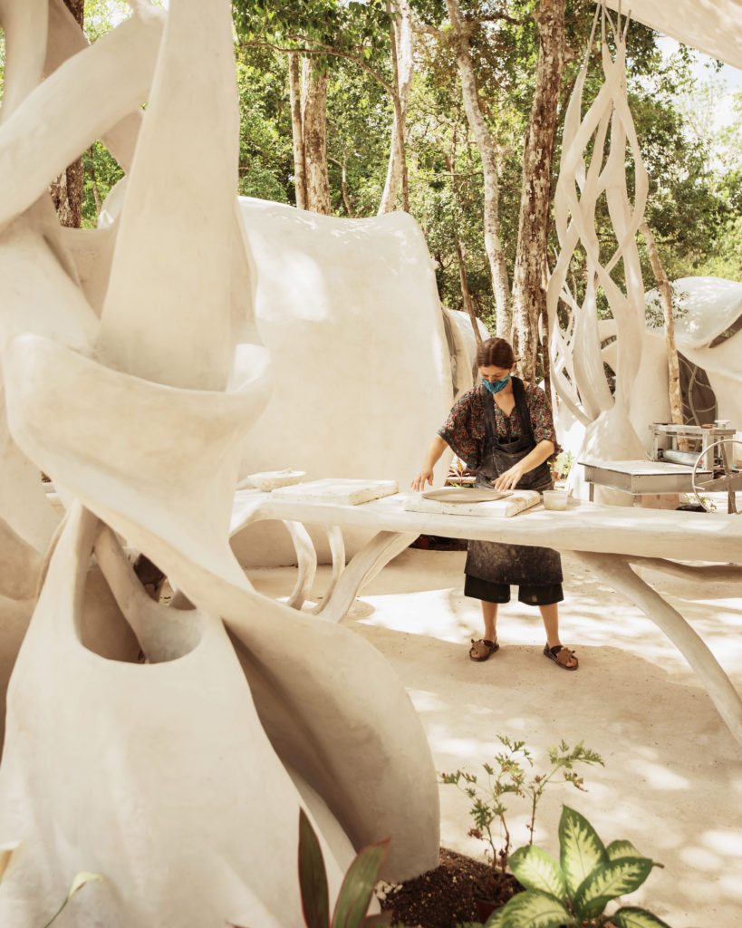 City of Arts, un oasis artístico en Azulik Uh May - 2021-05-05-ceramica-process-18