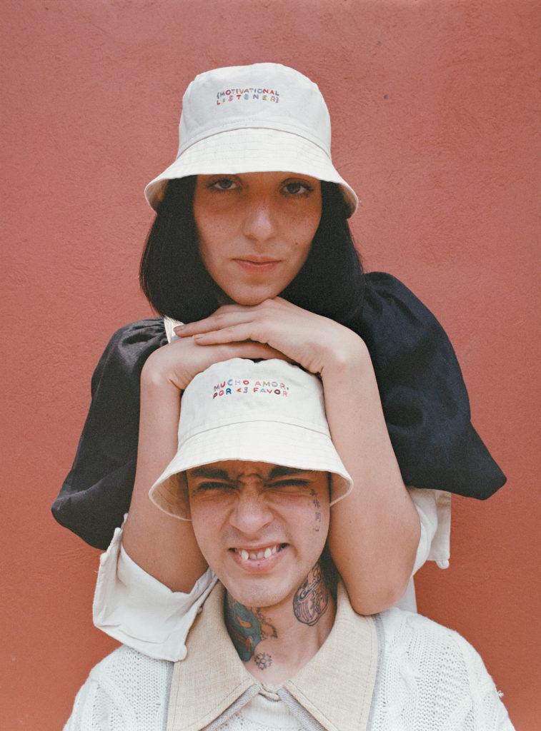 ¡Honest Bob! Los bucket hats que revolucionarán tu cabeza - honest-bob-coyoacan-8-1