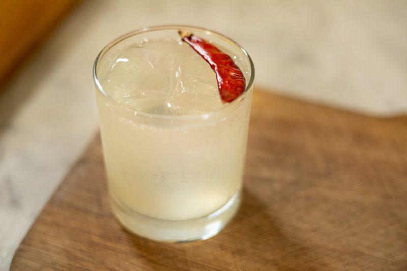 Tres recetas de coctelería con Topo Chico, agua mineral - 9c1a3773